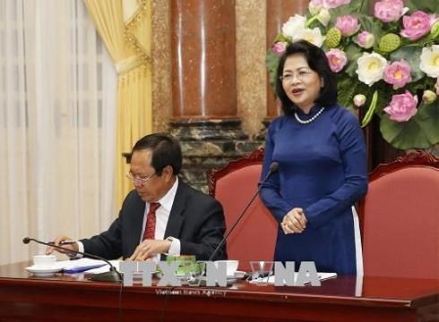 Phó Chủ tịch nước Đặng Thị Ngọc Thịnh gặp mặt Đoàn đại biểu người có công thành phố Cần Thơ  - ảnh 1