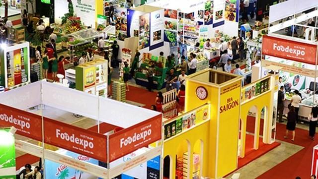 Hội chợ Thương mại Việt Nam-Lào 2018 - ảnh 1