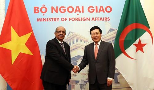 Tăng cường quan hệ Việt Nam- Algeria - ảnh 1