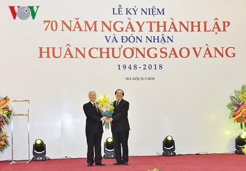 Liên hiệp các Hội VH-NT Việt Nam đón nhận Huân chương Sao Vàng - ảnh 3