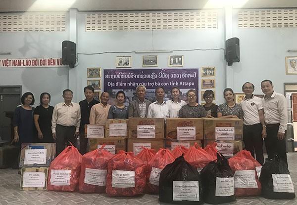 Người Việt tại Trung Lào ủng hộ người dân do sự cố vỡ đập thủy điện - ảnh 2