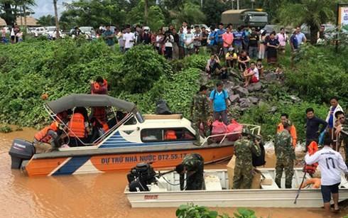 Doanh nghiệp Việt chia sẻ khó khăn với người dân vùng vỡ đập ở Lào - ảnh 1