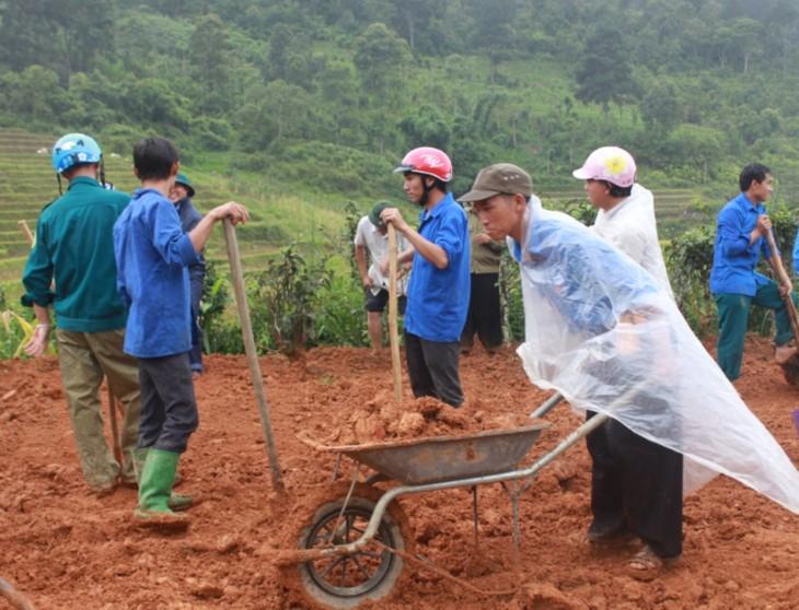 Tặng ruộng bậc thang cho đồng bào Mông canh tác, nâng cao đời sống - ảnh 4