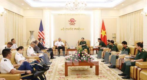 Thượng tướng Phan Văn Giang tiếp Tư lệnh Bộ Tư lệnh Thái Bình Dương Hoa Kỳ - ảnh 1