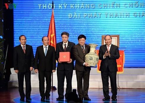 Thủ tướng trao danh hiệu Anh hùng Lực lượng Vũ trang Nhân dân cho Đài Phát thanh Giải phóng - ảnh 8