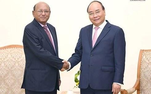 Thủ tướng: Đưa kim ngạch thương mại Việt Nam-Bangladesh lên 2 tỷ USD - ảnh 1