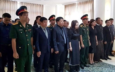 ĐSQ Việt Nam tại các nước mở sổ tang viếng Chủ tịch nước Trần Đại Quang - ảnh 4