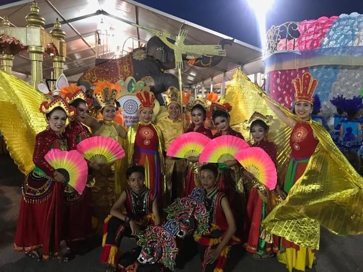 Cộng đồng người Việt tham gia lễ hội đường phố Chingay Parade tại Singapore - ảnh 4