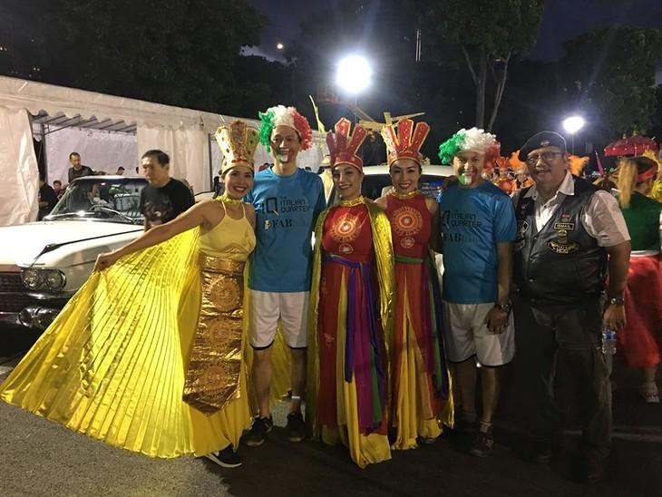 Cộng đồng người Việt tham gia lễ hội đường phố Chingay Parade tại Singapore - ảnh 20