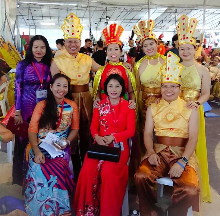 Cộng đồng người Việt tham gia lễ hội đường phố Chingay Parade tại Singapore - ảnh 13