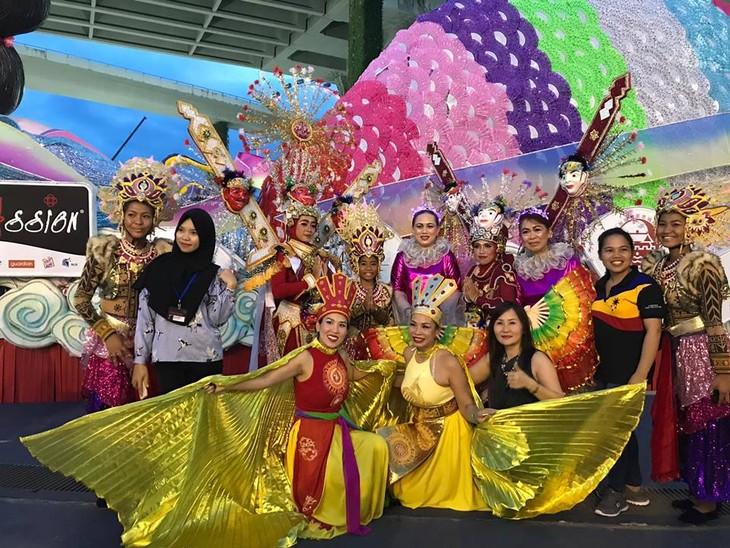 Cộng đồng người Việt tham gia lễ hội đường phố Chingay Parade tại Singapore - ảnh 22