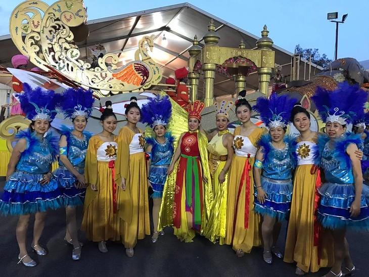 Cộng đồng người Việt tham gia lễ hội đường phố Chingay Parade tại Singapore - ảnh 23