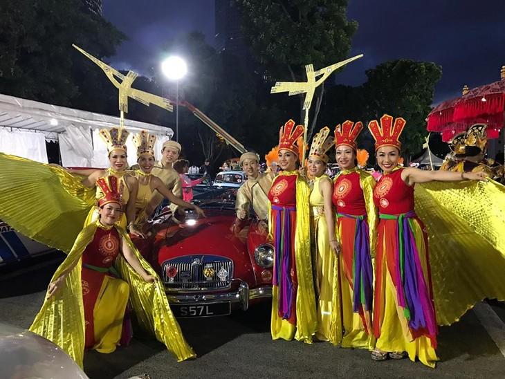 Cộng đồng người Việt tham gia lễ hội đường phố Chingay Parade tại Singapore - ảnh 24