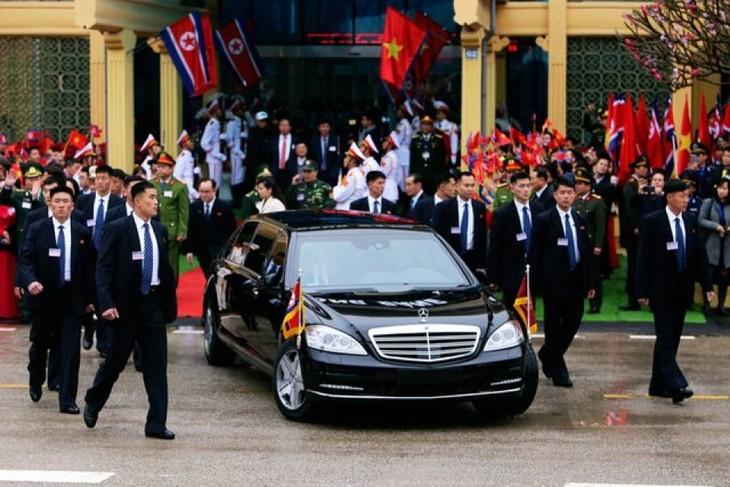 Những hình ảnh Chủ tịch Triều Tiên Kim Jong-un đến Việt Nam - ảnh 6