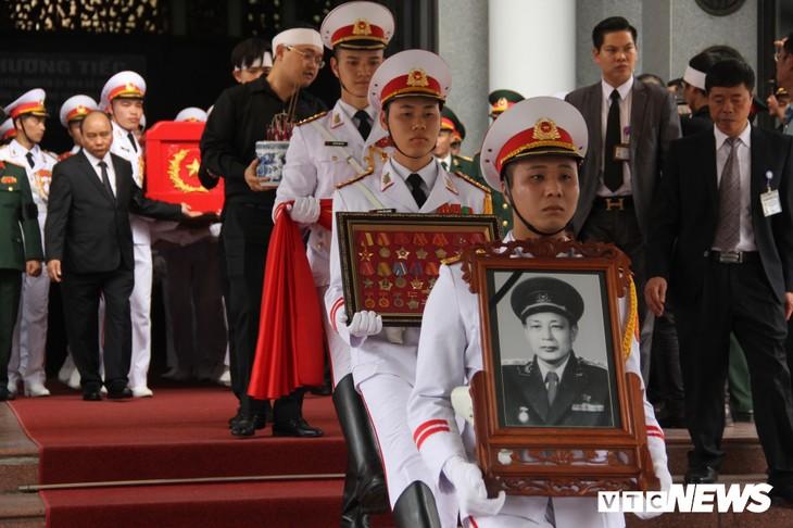 Tiễn đưa vị tướng Trường Sơn huyền thoại về công viên Vĩnh Hằng - ảnh 5