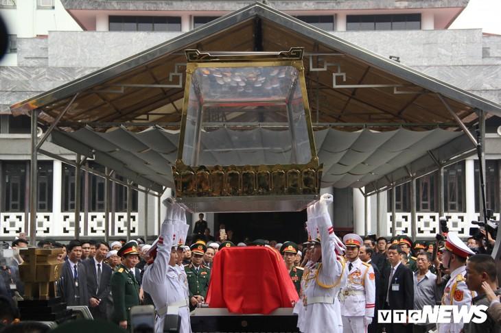 Tiễn đưa vị tướng Trường Sơn huyền thoại về công viên Vĩnh Hằng - ảnh 11