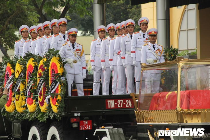 Tiễn đưa vị tướng Trường Sơn huyền thoại về công viên Vĩnh Hằng - ảnh 15
