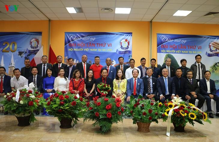 Hội người Việt tại Ba Lan kỷ niệm 20 năm thành lập và Đại hội lần thứ 6  - ảnh 2