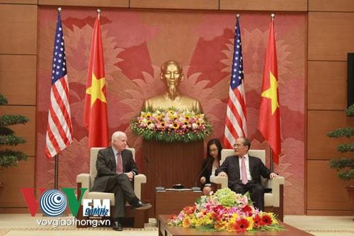 Thượng nghị sỹ Mỹ cam kết giải quyết mọi bất đồng ở Biển Đông bằng biện pháp hòa bình - ảnh 1