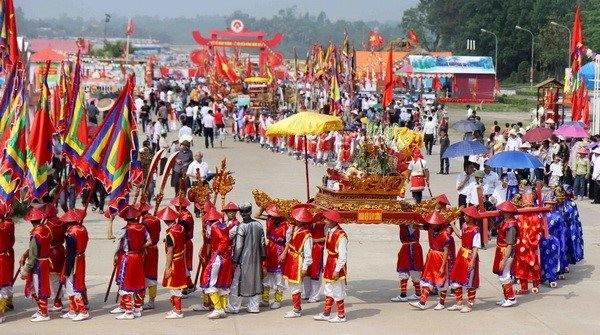 Giỗ Quốc tổ Lạc Long Quân khai mạc Giỗ tổ Hùng Vương - Lễ hội Đền Hùng năm 2016 - ảnh 1