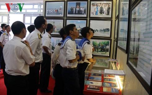 """Triển lãm """"Hoàng Sa, Trường Sa của Việt Nam - Những bằng chứng lịch sử và pháp lý"""" tại Phú Quốc - ảnh 1"""