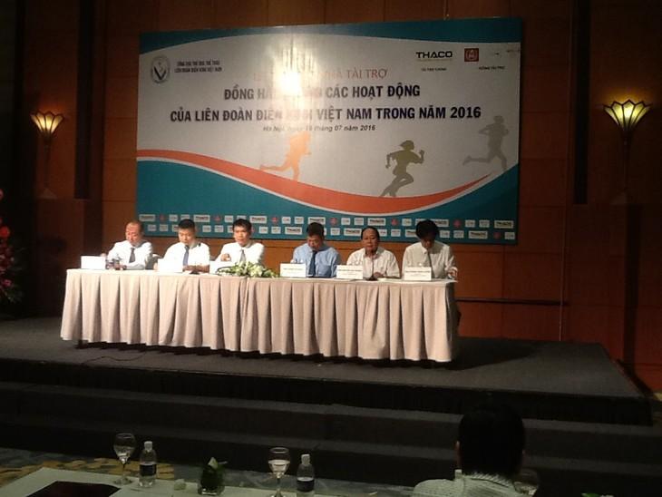 Điền kinh Việt Nam phấn đấu thi đấu tốt ở Olympic 2016 - ảnh 1