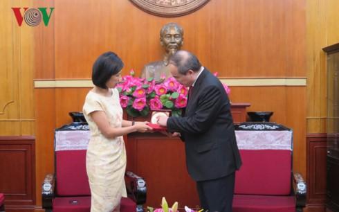 Việt Nam mong muốn tăng cường quan hệ hợp tác, hữu nghị với Canada - ảnh 1
