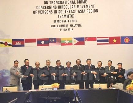 การประชุมฉุกเฉินรัฐมนตรีอาเซียนเกี่ยวกับอาชญากรรมข้ามชาติ - ảnh 1