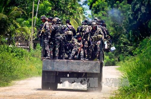 Philippine security forces attack Muslim insurgents  - ảnh 1
