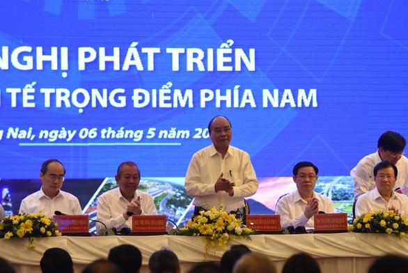 Government seeks ways to boost southern key economic zone  - ảnh 1