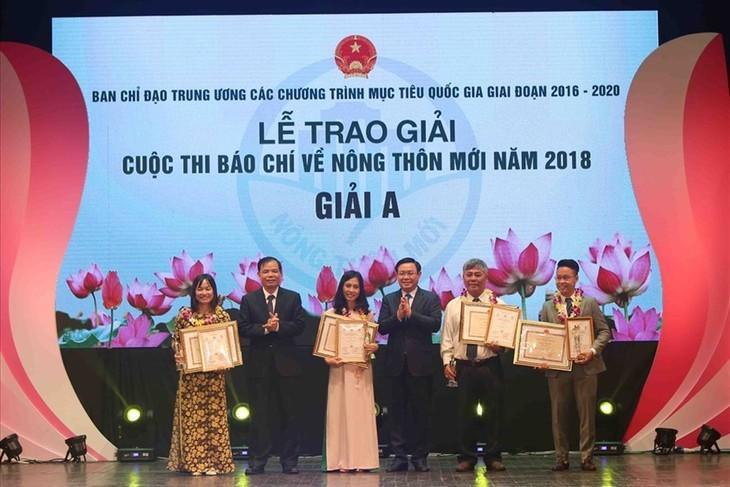 Ten outstanding achievements of 2018 National Target Programs announced - ảnh 1