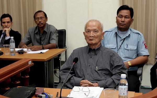 Former Khmer Rouge leader Nuon Chea dies  - ảnh 1