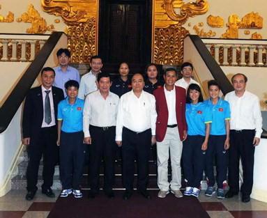 Thủ tướng Nguyễn Xuân Phúc chúc mừng thành tích của Đoàn Thể thao Việt Nam tại SEA Games 29 - ảnh 1
