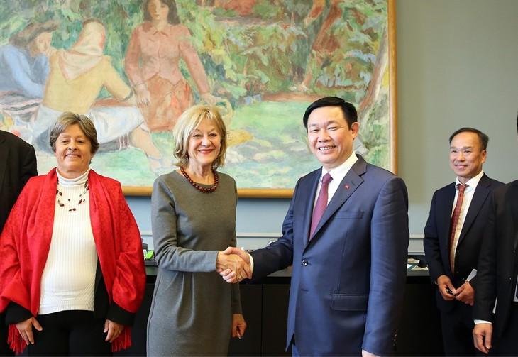 Việt Nam mong muốn hợp tác hiệu quả với Thụy Sĩ  - ảnh 1