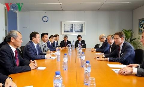 Lãnh đạo EU khẳng định coi trọng Hiệp định EVFTA với Việt Nam - ảnh 2