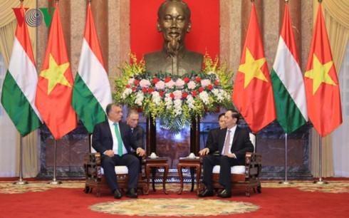 Chủ tịch nước Trần Đại Quang tiếp Thủ tướng Hungary Orbán Viktor - ảnh 1