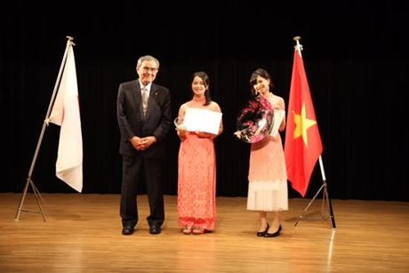 Sinh viên Nhật Bản thi hùng biện tiếng Việt - ảnh 1