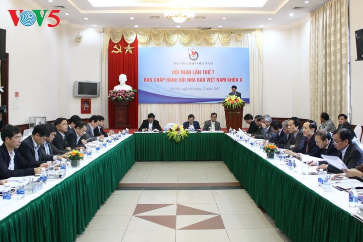 Hội nghị lần thứ 7 Ban chấp hành Hội nhà báo Việt Nam (khóa 10) - ảnh 1