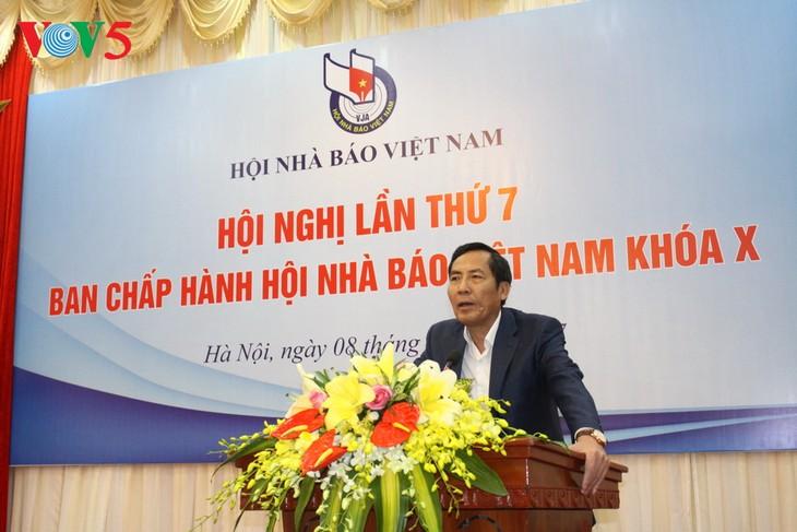 Hội nghị lần thứ 7 Ban chấp hành Hội nhà báo Việt Nam (khóa 10) - ảnh 2