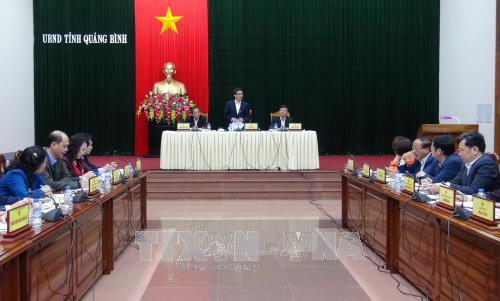 Phó Thủ tướng Chính phủ Vũ Đức Đam làm việc với lãnh đạo tỉnh Quảng Bình - ảnh 1