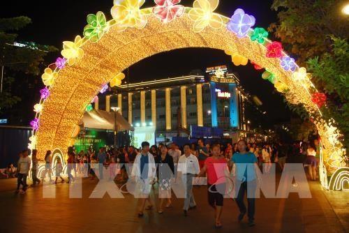 Thành phố Hồ Chí Minh tổ chức nhiều hoạt động vui chơi, giải trí đón chào năm mới 2018 - ảnh 1
