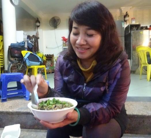 Ấm áp hương vị bánh đúc nóng mùa Đông Hà Nội - ảnh 6