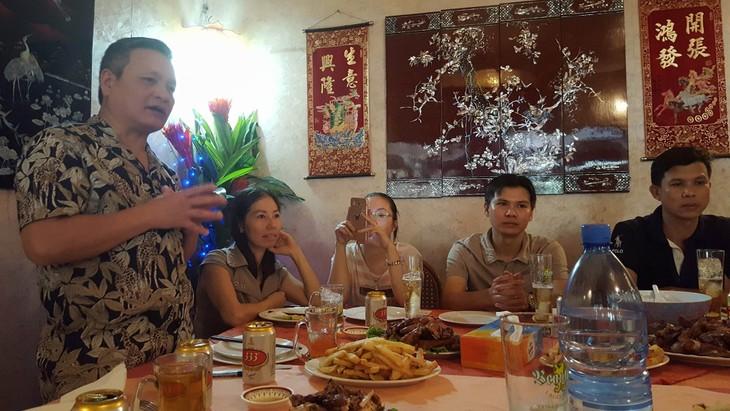 Đại sứ quán Việt Nam gặp mặt cộng đồng người Việt tại Mali - ảnh 1
