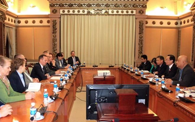 Tăng cường hợp tác giữa Thành phố Hồ Chí Minh với Cộng hòa Czech và Đức - ảnh 1