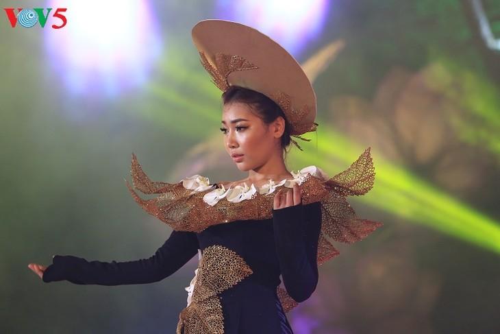 Trình diễn áo dài tại Festival Huế 2018 - ảnh 3