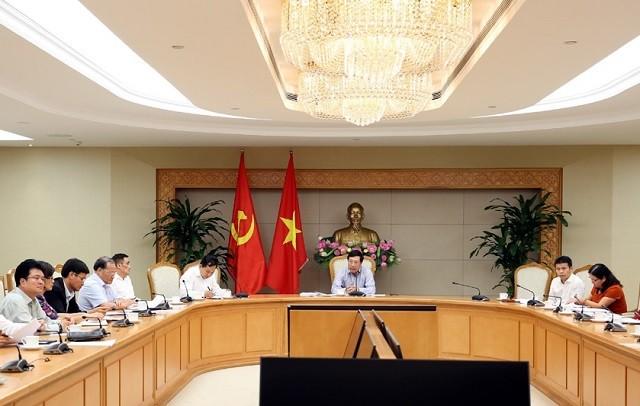 Phó Thủ tướng Phạm Bình Minh chủ trì cuộc họp về các dự án sử dụng vốn vay WB và ADB - ảnh 1