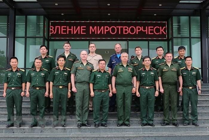 Nâng cao hiệu quả phối hợp giữa Nga và Việt Nam trong lĩnh vực gìn giữ hòa bình - ảnh 1