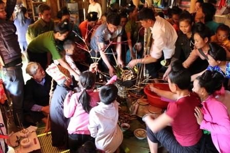 Đặc sắc lễ hội Pang a của dân tộc La Ha - ảnh 3