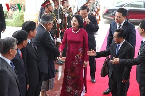 Phó Chủ tịch nước Đặng Thị Ngọc Thịnh tiếp Chủ tịch Hội hữu nghị Lào - Việt Nam - ảnh 1