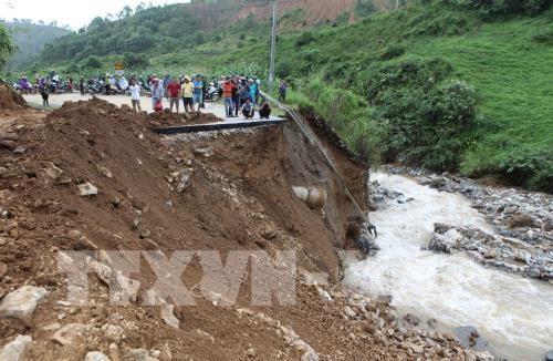 Tiếp tục thiệt hại về người và tài sản trong đợt mưa lũ - ảnh 1